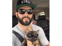 Brandon Bollig (NHL) and his cat