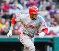 Fit Fix: Billy Hamilton Straight-Up Flies, Makes Incredible Catch Against Mets