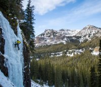 6 Extreme Outdoor Adventures to Challenge Your Fitness in December