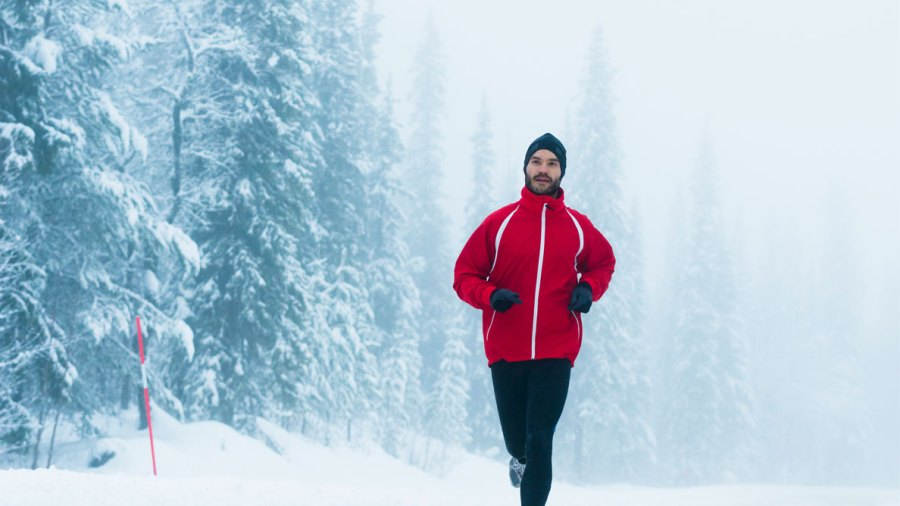 Hot Workouts Vs. Cold Workouts: What's Scientifically Proven to Work Better