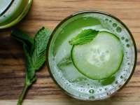 10 Low Carb Drinks Worth Toasting With
