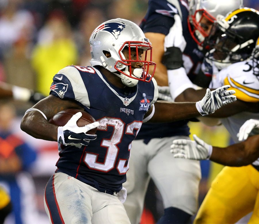 Dion Lewis (RB, NE) – 47% Owned