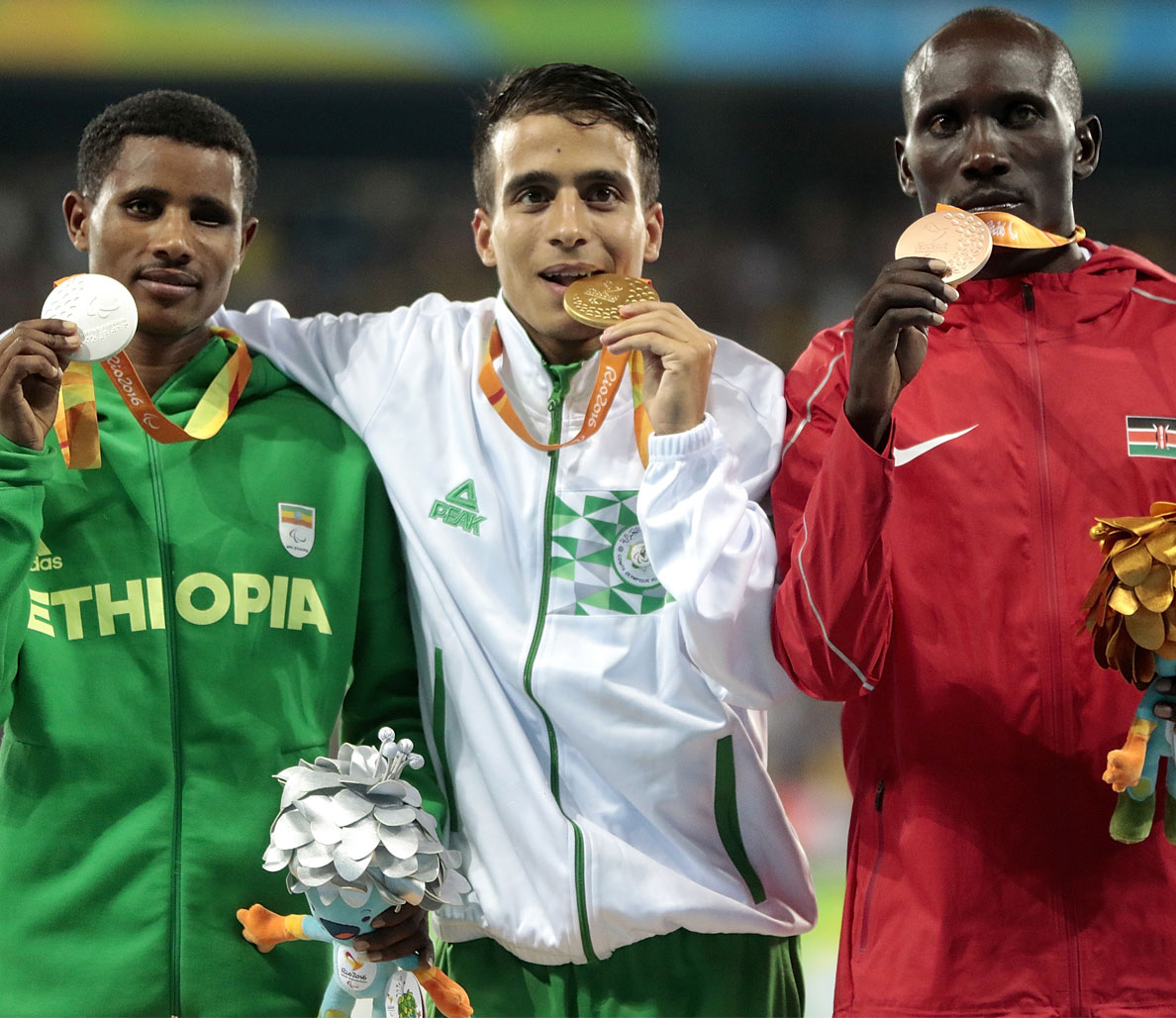 4 Paralympic Athletes Just Ran the 1500m Faster Than the 2016 Olympic Gold Medalist