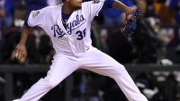 Fit Fix: Edinson Volquez Pitches Game 1 of World Series, Even After Father's Death