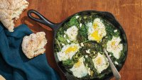 How to make protein-packed vitamin-rich green shakshuka