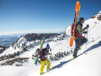 5 outdoor adventure travel trips to go on in december