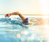 Your 3-step Plan to Swim Half a Mile Without Drowning