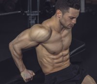 Mistake 5: Neglecting your triceps