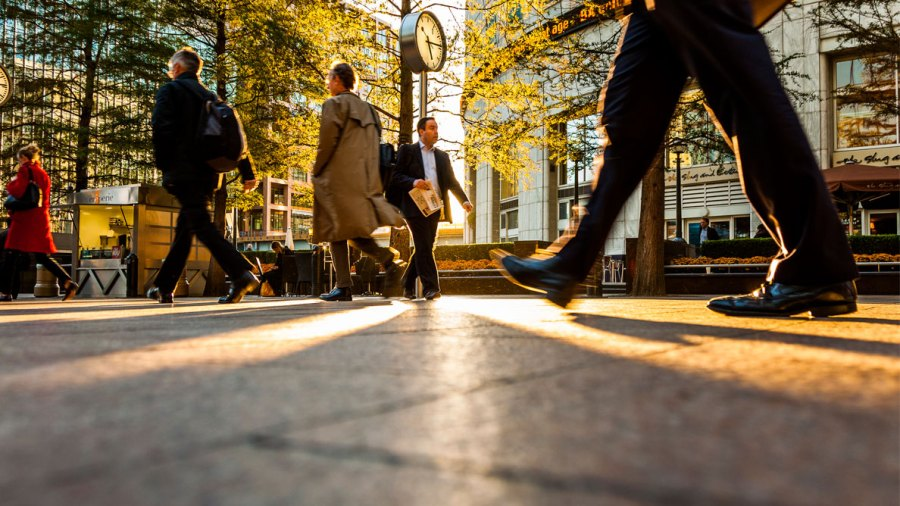 """Cities Where People Walk More Are """"Smarter"""" Than Cities Where Everyone Drives"""