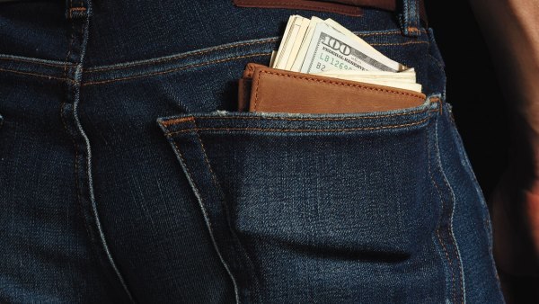10 thin, stylish options for an everyday wallet
