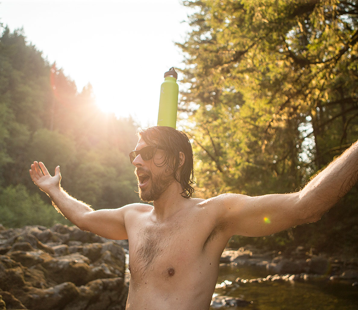 The 10 Best Water Bottles for Fit, Active Guys