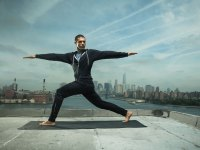 6 essential yoga poses for lifters