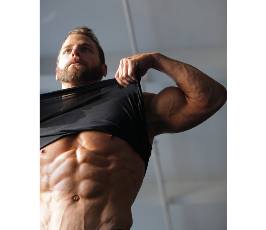 Want Abs Like These? Here's How to Eat to Get Them.