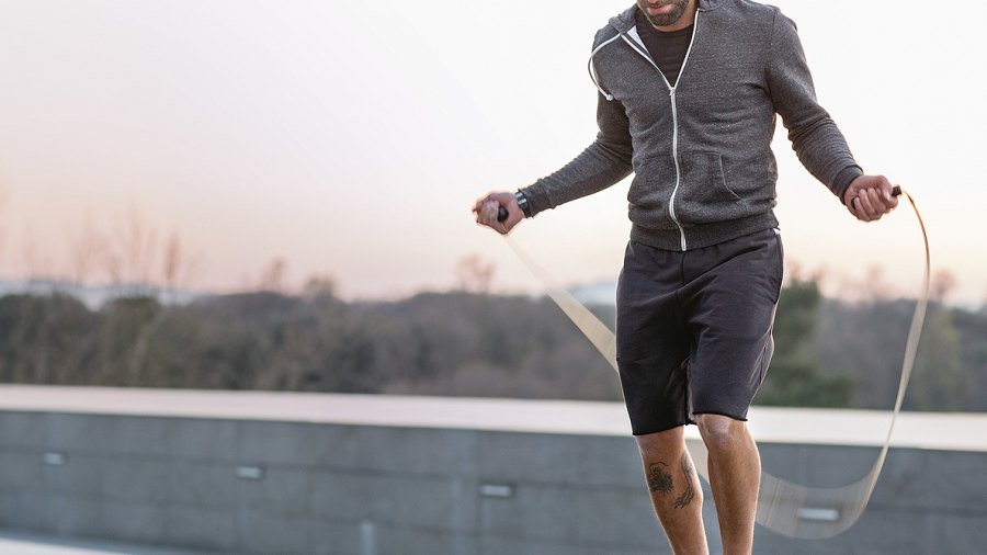 This Is How Aerobic Exercise Can Literally Heal a Broken Heart