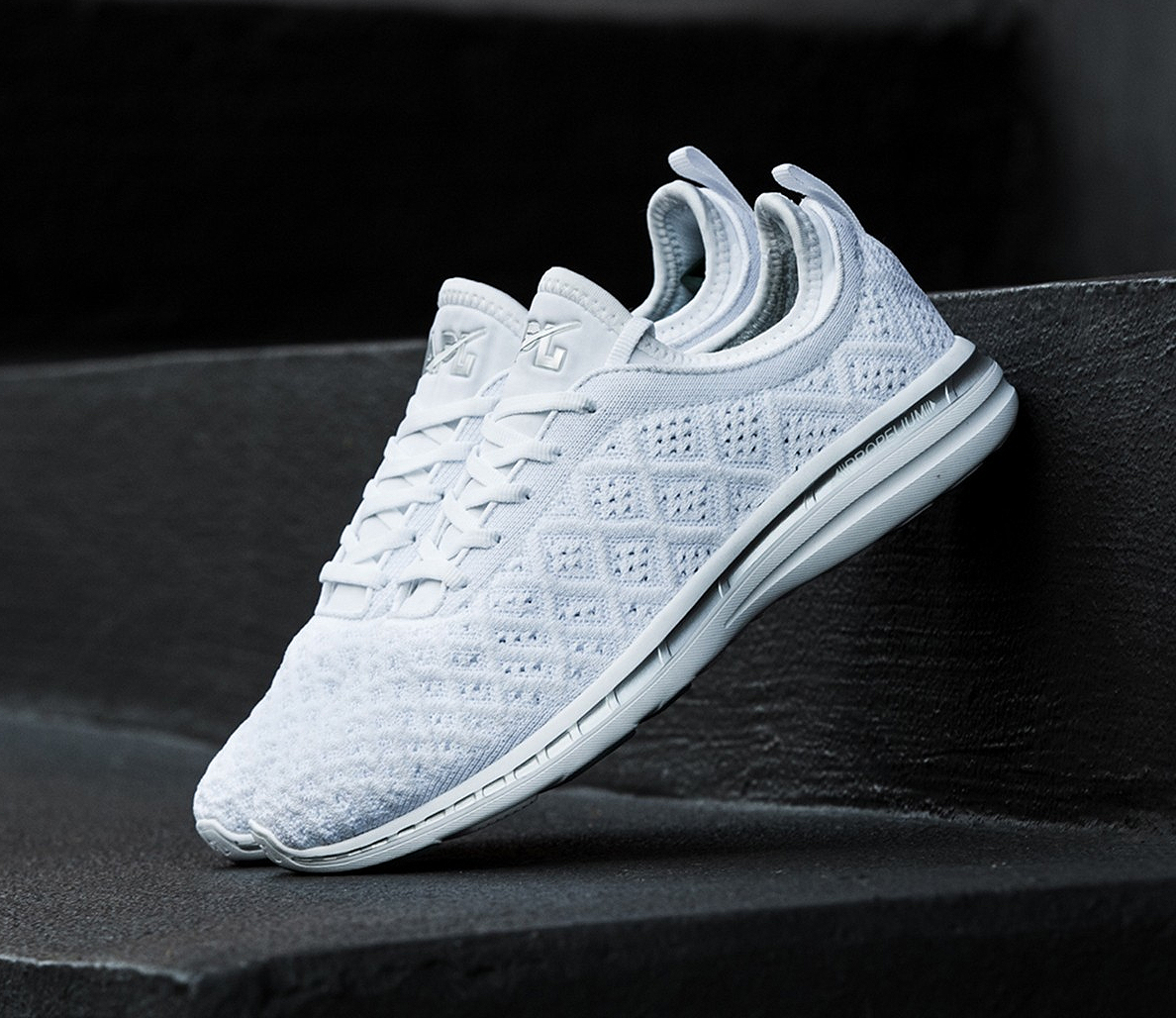 64f59ee84ee9 5 All-White Training and Running Shoes for Men