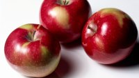 Add Fat to the List of Things Apples Keep Away