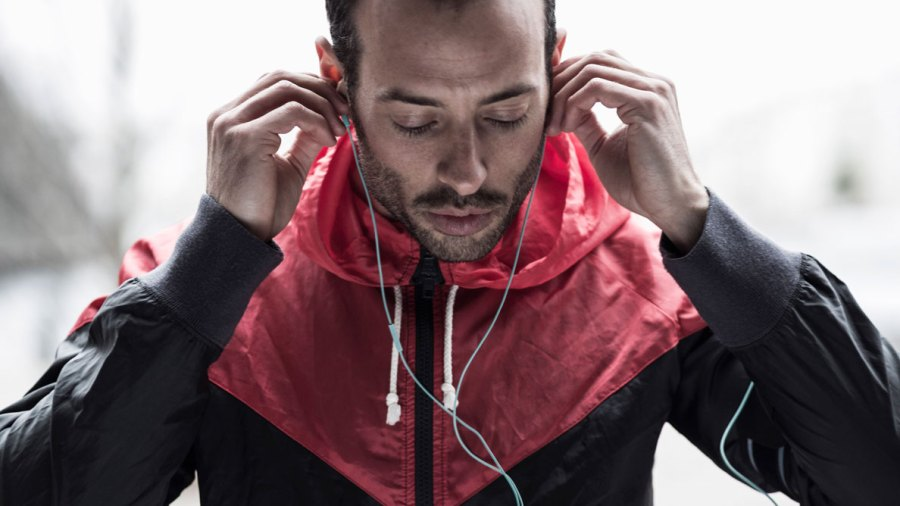 Ask Men's Fitness: Is My IPod Turned up Too Loud?