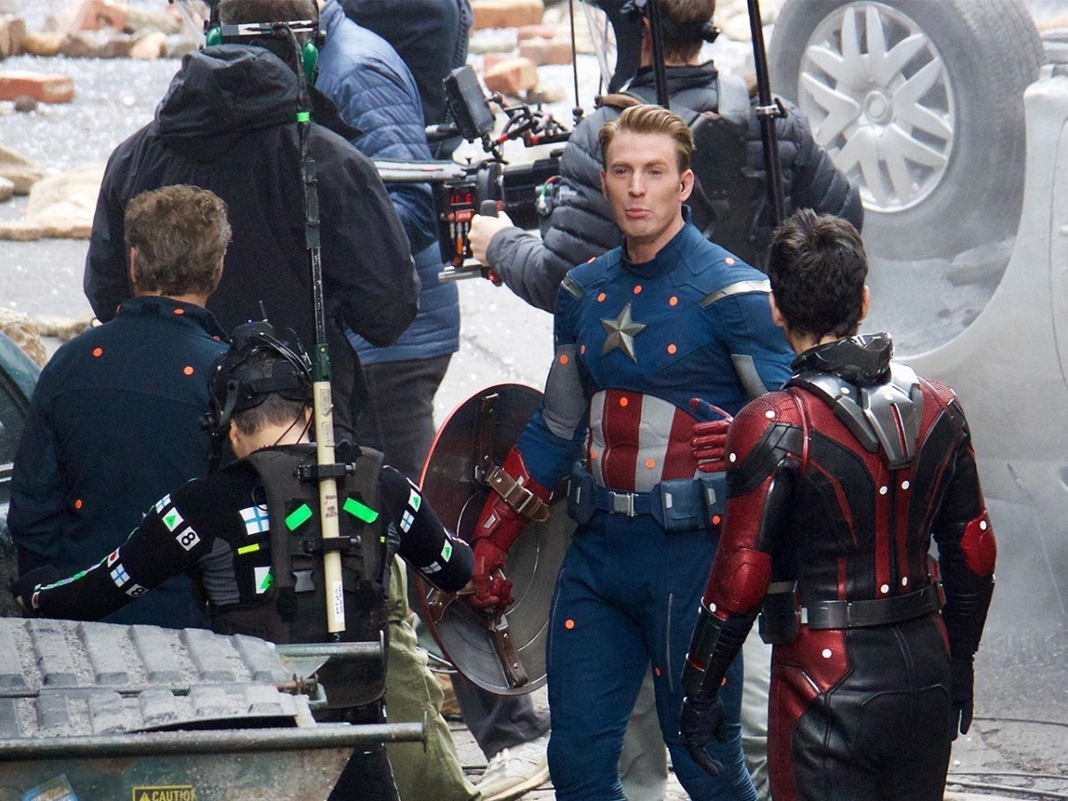 Avengers 4 Photos Captain America Iron Man Show Off New Looks