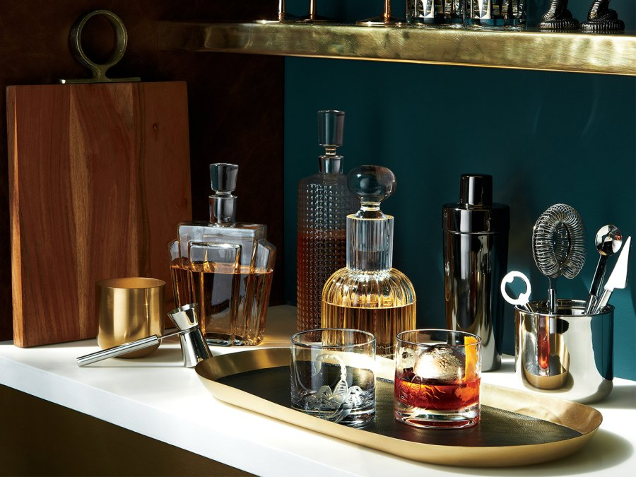 Men's Fitness holiday gift guide 2017: Barware and spirits accessories