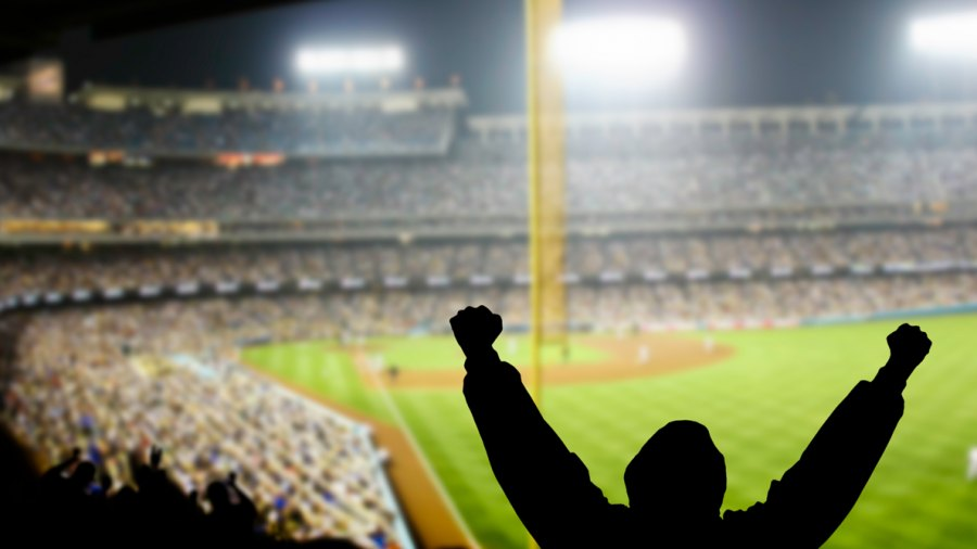 What's the Best Way to Catch a Baseball at a Game?