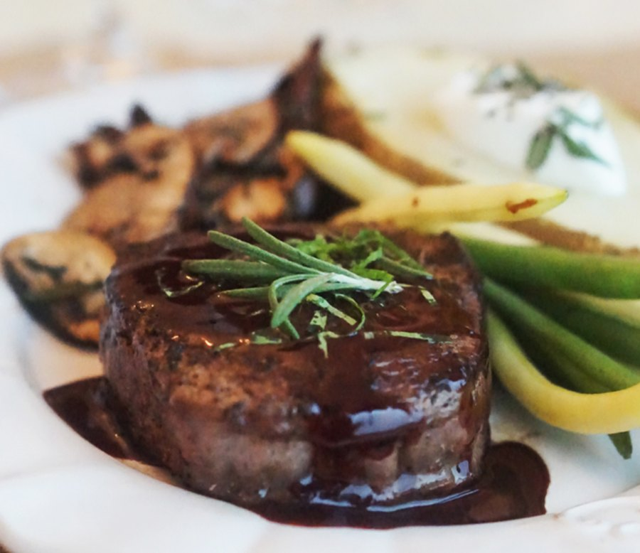 Beef tenderloin with chocolate port reduction
