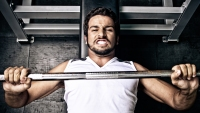 Here's a Simple Bench Press Fix