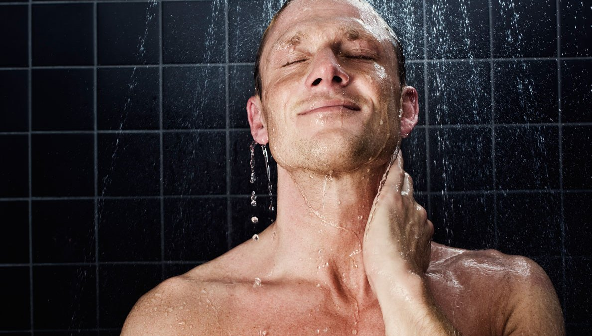 Skincare 101 Battle Body Acne With These Top Tips Men S Journal