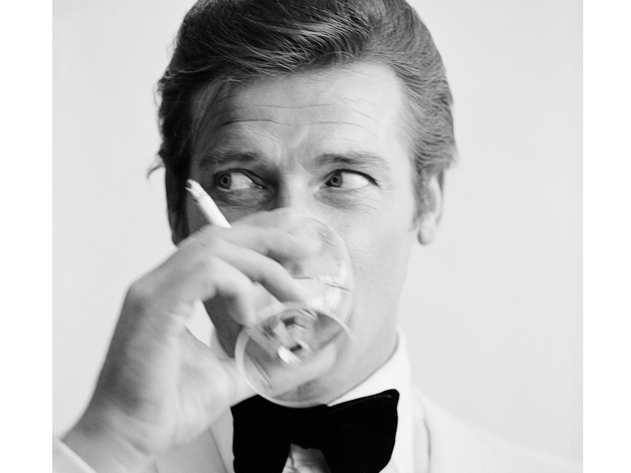 James Bond Drinking Martini