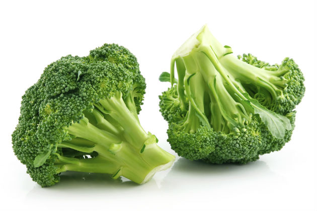Fit Food The Benefits Of Broccoli Mens Journal