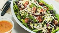 """Fit Fix: 2016 Will Be """"A Very Difficult Year,"""" Chipotle CEO Says"""