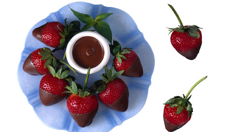 Make Her Chocolate-Dipped Strawberries