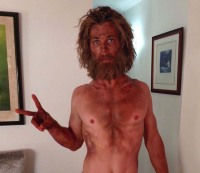 """Chris Hemsworth lost serious muscle for his role in """"In the Heart of the Sea."""""""