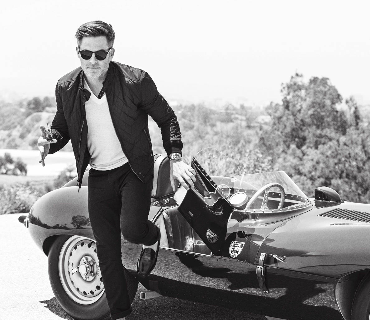 Chris Pine in the July/August issue of Men's Fitness. Photo by Ben Watts