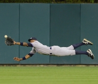 MLB Gold Gloves: Baseball's 13 Most Athletic, Gravity-defying Catches of the Millennium