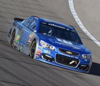 Dale Earnhardt Jr. Loses Steering Wheel During NASCAR Race, Still Drives With One Hand
