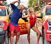"""Dwayne """"The Rock"""" Johnson and Kelly Rohrbach on the 'Baywatch' set"""