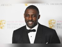 Idris Elba poses in the Winners room at the House Of Fraser British Academy Television Awards 2016 at the Royal Festival Hall on May 8, 2016 in London, England