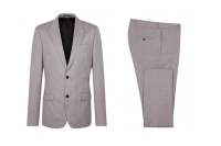 1. Ill-Fitting Suits