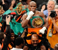 Floyd Mayweather Asks Fans to Pick Next Opponent