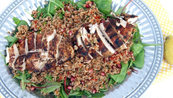 Grilled chicken and quinoa power salad