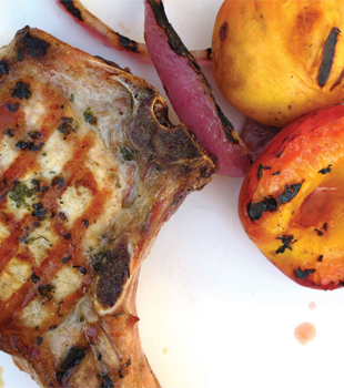 Recipe: Sage-Rubbed Pork Chops With Grilled Peaches and Onions