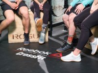 Group shot of editors and CrossFit athletes wearing Reebok CrossFit Nano 8