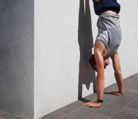 1. Handstand pushup hold