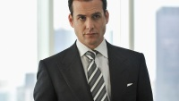 How to Steal the Hairstyles From the Best-Looking Men on TV: Harvey Specter