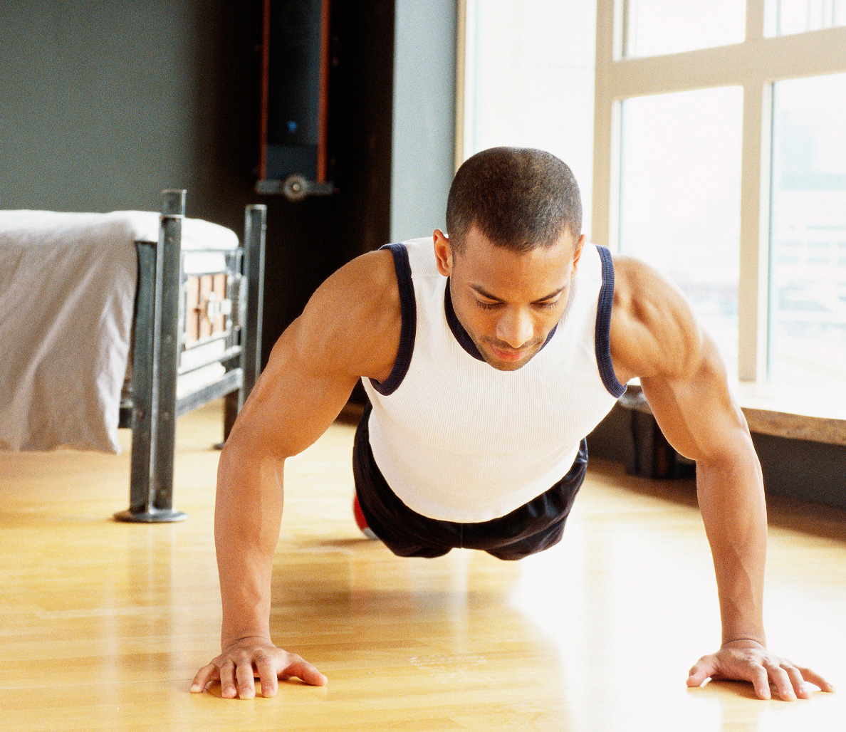 8 At Home Workouts Under 10 Minutes To Help You Lose Weight And Build Muscle
