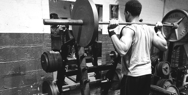 6 Illegal Exercises at the Squat Rack Station
