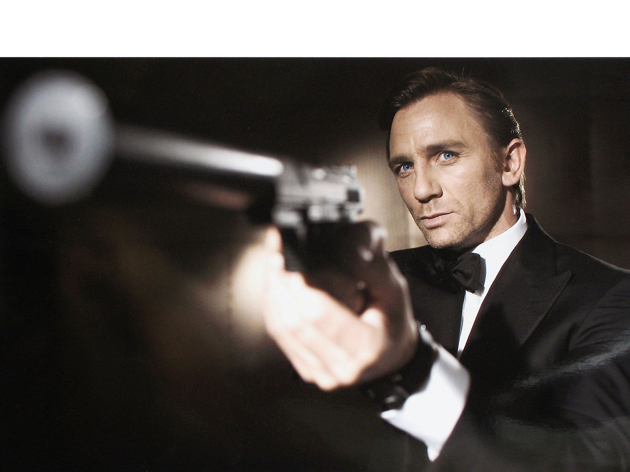 Watch: Daniel Craig Confirms He's Returning As James Bond for the Fifth Time forecasting