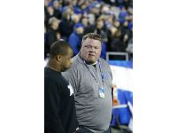 Jared Lorenzen hits 500 pounds, Kentucky QB