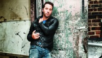 Build Character With Jeremy Piven