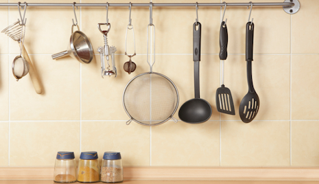 Essential Kitchen Tools Every Guy Needs